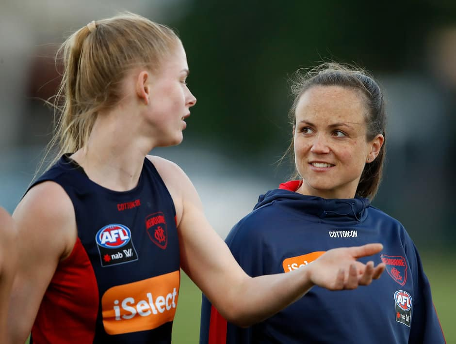 MELBOURNE, AUSTRALIA - NOVEMBER 15: Daisy Pearce chats to first year player Ashleigh Woodland (Photo by Adam Trafford/AFL Media)