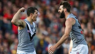 The best Fantasy free agents for round 17