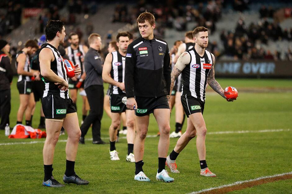Darcy Moore finished last Friday's match on the bench with hamstring tightness - AFL,Darcy Moore,Collingwood Magpies,Injuries,Jordan De Goey,Steele Sidebottom